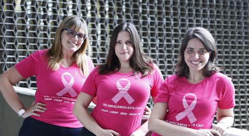 Fernanda, Adriana e Talita: meninas com peitos. E perfeitas! Foto: Beto Moussalli